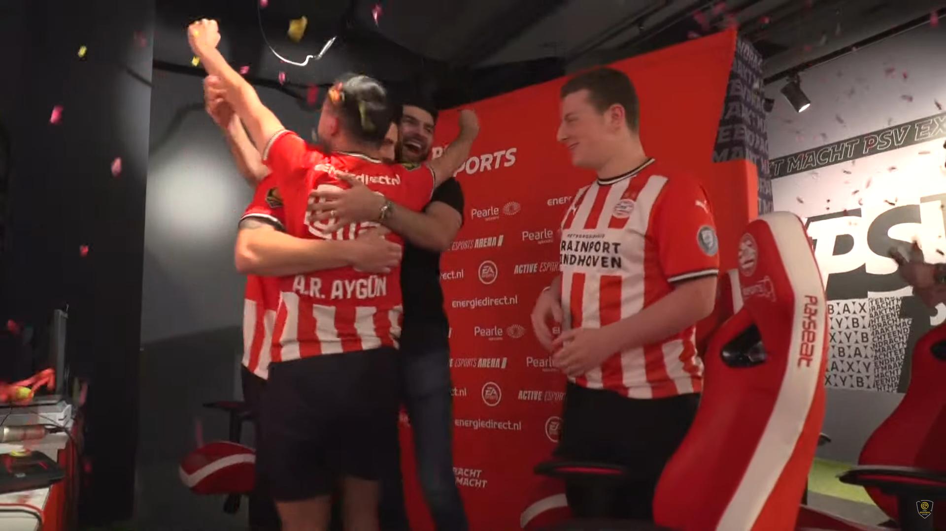 PSV wordt landskampioen na pittige eDivisie finaledag